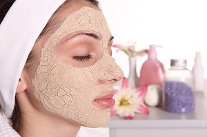 maschera-viso-pelle-grassa